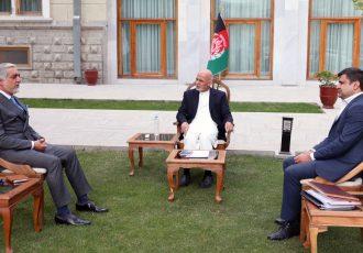 عبدالله پس از سفرهای منطقهیی با غنی دیدار و گفتگو کرد