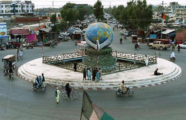طالبان دو حوزه امنیتی شهر لشکرگاه را تصرف کردند