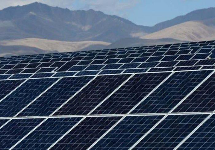 کمبود برق در پایتخت؛ پروژه برق خورشیدی تا دو ماه دیگر آغاز میشود
