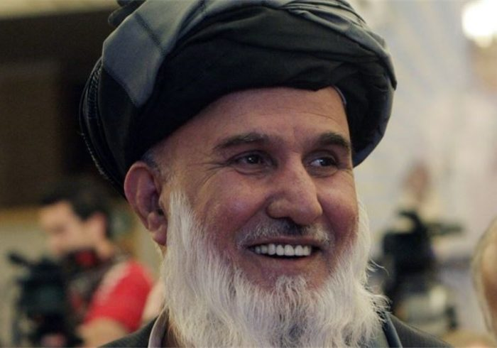 کاروان معاون شورای صلح هدف قرار گرفت