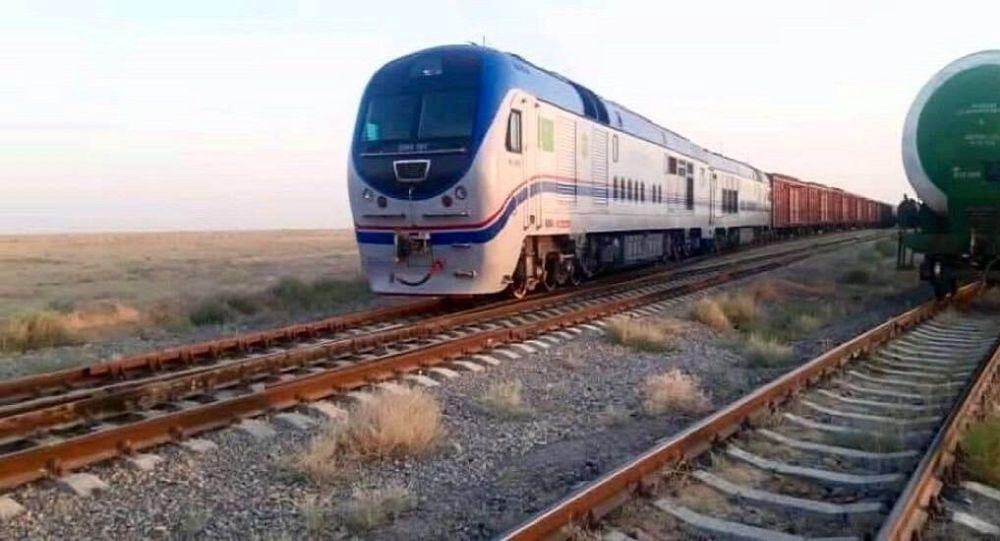 تلاش ازبکستان به جلب کمک مالی آمریکا برای ساخت راه آهن افغانستان