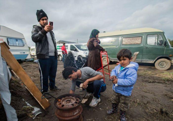 شکایت پناهجویان افغان در اروپا، از نبود سرپناه در فصل زمستان