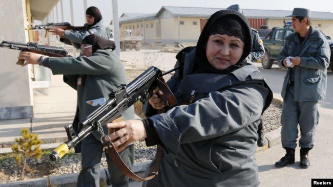 طی سه سال آینده شمار پولیس زن در افغانستان به ۱۰ هزار تن خواهد رسید