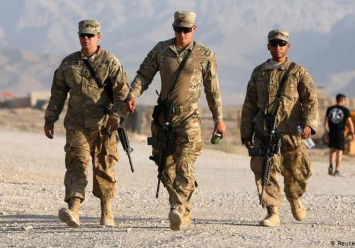 دبیر کل ناتو به سرپرست پنتاگون: تا وقتی نیاز است در افغانستان بمانیم