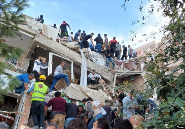 قربانیان زلزله در ترکیه به ۴۳ تن رسید