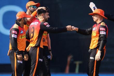لیگ کرکت هند؛ آمادهگی بازیکنان افغان برای بازی دربرابر سوپرکینگز