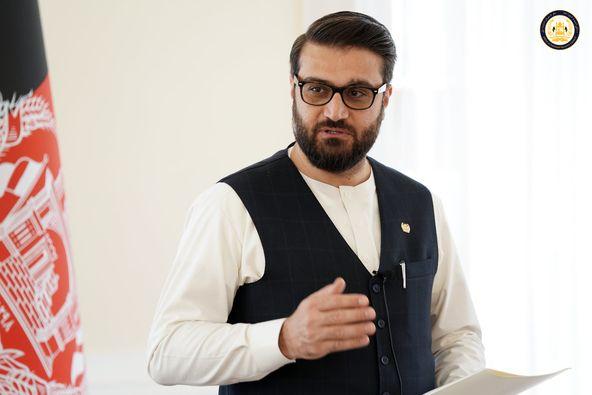 حمدالله محب براساس منابع استخباراتی: رهبر طالبان لادرک و هیچ بیانیهای صادر نکرده است