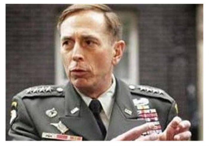 پترائوس: خروج نظامیان آمریکایی به معنی پایان جنگ افغانستان نیست