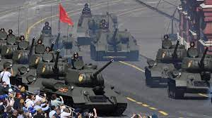 بزرگترین رسم گذشت نظامی به مناسبت پایان جنگ جهانی دوم در روسیه