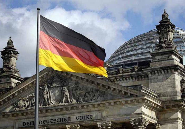 دولت آلمان بیش از ۱۸۲ میلیون یورو به حکومت افغانستان کمک میکند
