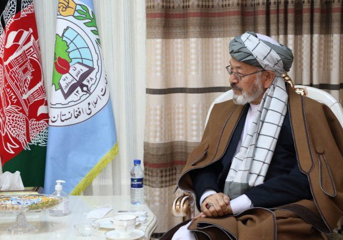 کریم خلیلی به تحریک طالبان: راه حل بحران، جنگ و زور نیست/ باندهای جنایتکار هزارهها را مجبور به دفاع نکنند