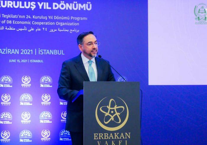 ربانی در ترکیه: برای رسیدن به صلح، بازیگران جهانی و منطقهیی به توافق برسند