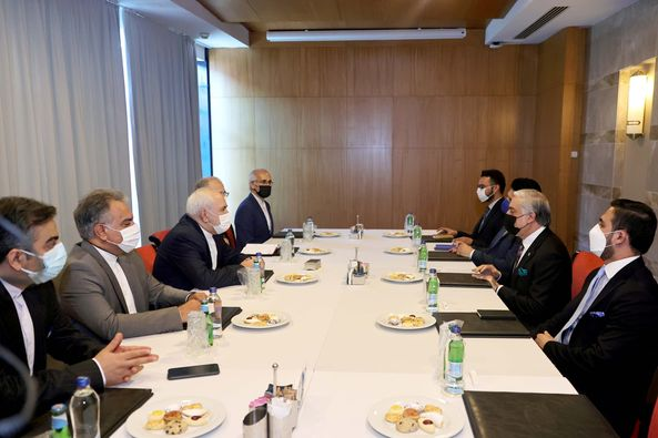وزیرخارجه ایران: تهران طرفدار حل مشکل افغانستان از طریق مذاکره است