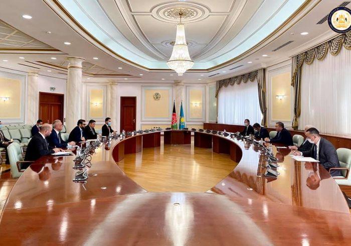 محب در مورد«تجهیز نیروهای امنیتی» با وزیرخارجه قزاقستان گفتوگو کرد