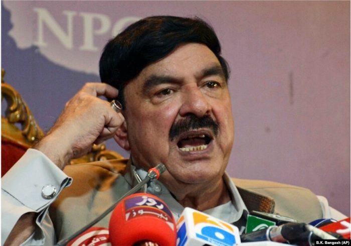 وزیر داخله پاکستان به طالبان: گروههای تروریستی از خاک افغانستان، پاکستان را تهدید نکند