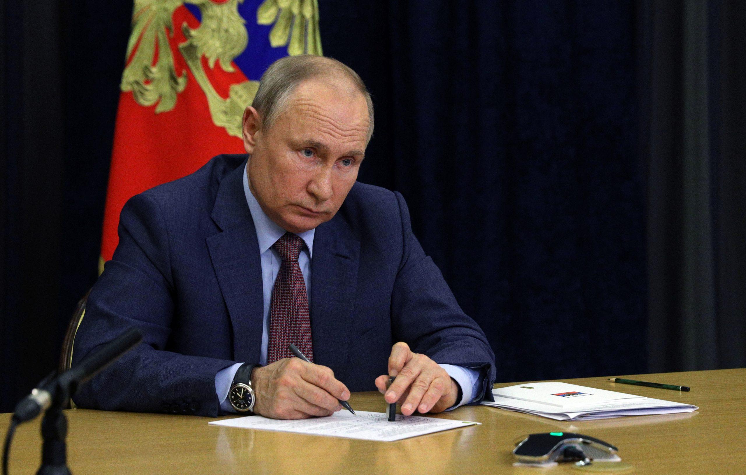 هشتادمین سالروز حملهی نازیها؛ پوتین از قربانیهای شوروی ستایش کرد