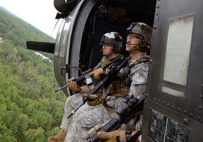 پنتاگون مشغول بررسی گرفتن مجوز برای انجام حملات هوایی علیه طالبان است