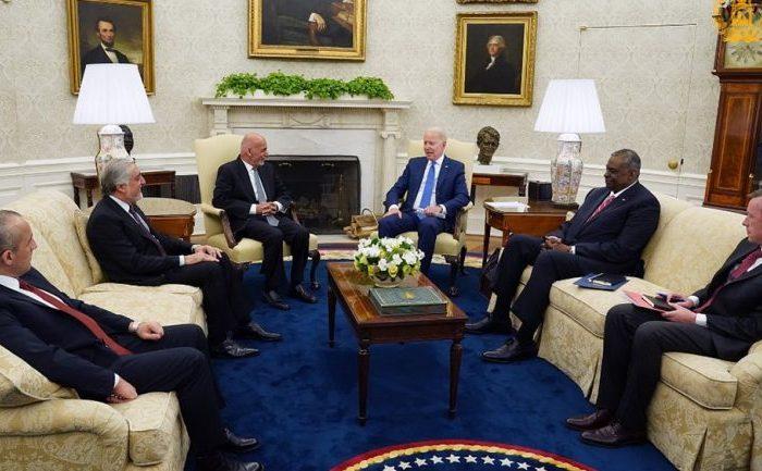 دیدار غنی و عبدالله با بایدن در کاخ سفید؛ واشنگتن به همکاریهای خود با افغانستان ادامه میدهد