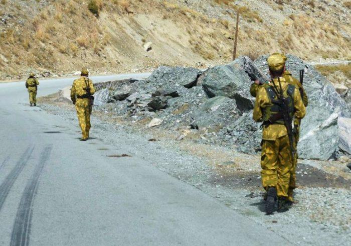 عقبنشینی نیروهای امنیتی افغان از ولسوالیهای بدخشان به تاجیکستان
