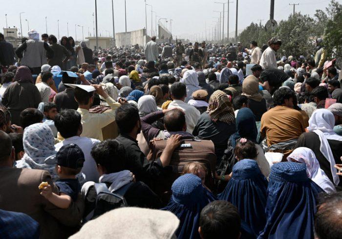 سفارت امریکا از شهروندان افغانستان خواست به میدان هوایی کابل نیایند