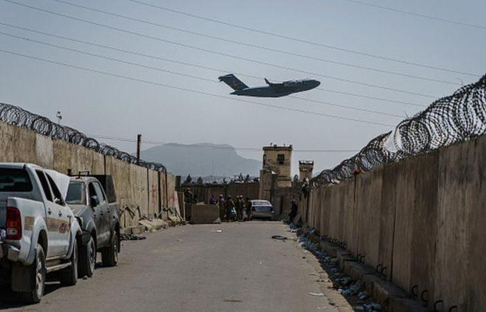 شلیک چندین موشک به سمت فرودگاه کابل
