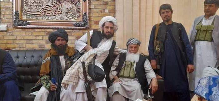 محمد اسماعیل خان به دست طالبان اسیر شد