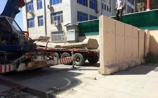 شهرداری کابل خواهان برداشتن موانع از مکان های عمومی شد